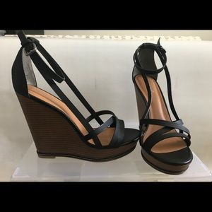Black Strap Wedge heel